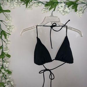 Black bikini top size XL